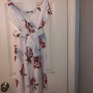 Ecowish Dresses - Floral white dress